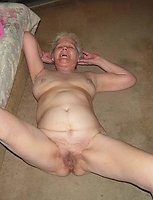 kinky amateur granny showing off