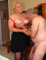 Milf amateur spread and blowjob galery